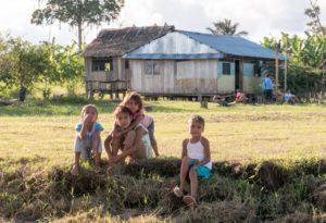 """Voyage """" Cultures et médecines en Amazonie péruvienne"""" mai-juin 2016"""
